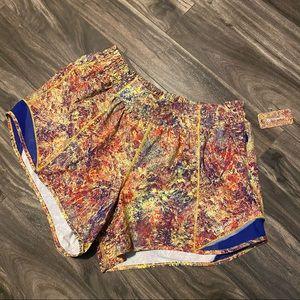 Lululemon seawheeze hotty hot shorts